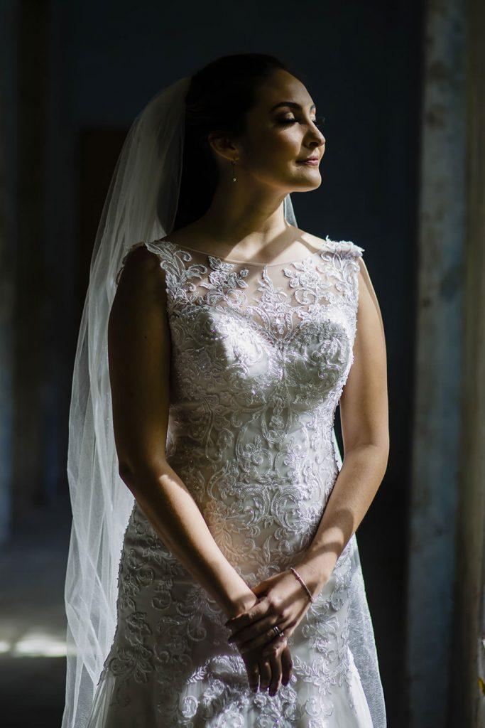 Espectacular fotografía de retrato de una novia de boda