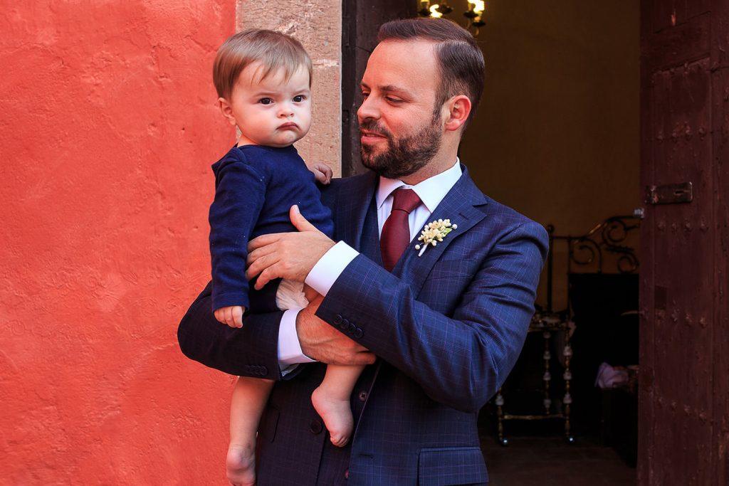 Fotografo de bodas San Luis Potosi, hacienda vallumbroso novio y su sobrina